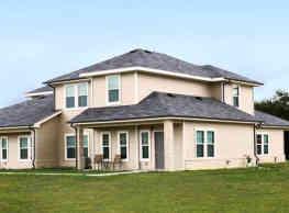 Oak Manor Villas - Bay City