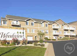 Woodsview Apartments - Janesville