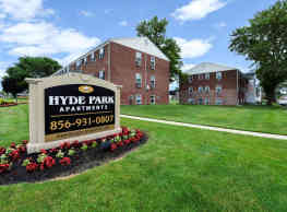 Hyde Park Apartment Homes - Bellmawr