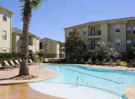 Crossing Place Apartments - College Station