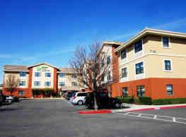 Furnished Studio - Sacramento - Vacaville - Vacaville