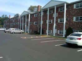 Cedar Court Apartments - Bensalem