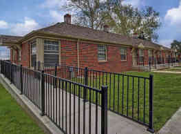 The Residences at Linwood - Wichita