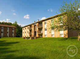 Security Park Apartments - Windsor Mill