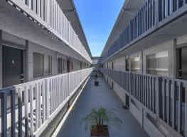 Pacific View Apartment Homes - Long Beach