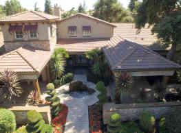 StoneLake Apartments - Elk Grove