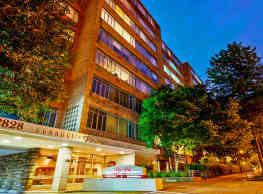 Connecticut Park Apartments - Washington