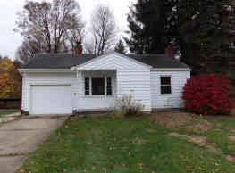 175 Shields Rd - Youngstown