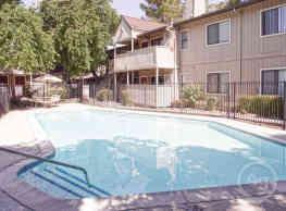 Marconi Woodside - Sacramento