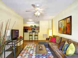 Independence Place Apartments - Clarksville