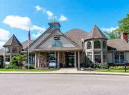 River Oaks Apartments - Kentwood