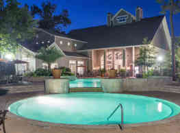 Whispering Pines Ranch - The Woodlands