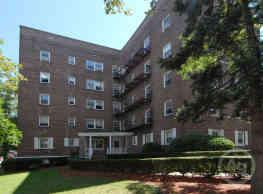 Hudson Ridge Apartments - North Bergen
