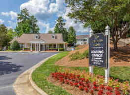 Caveness Farms Apartment Homes - Wake Forest