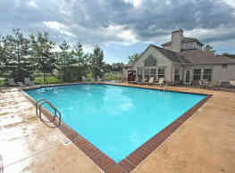 High Pointe Apartments - Norwalk