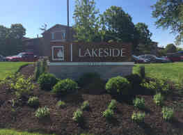 Lakeside Apartments - Wheaton