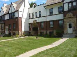 Tudor Manor - Cleveland