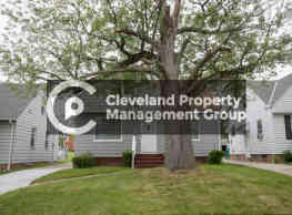 Fully Renovated Maple Heights Home - Maple Heights