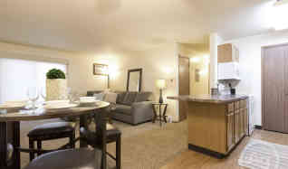condos for rent in west des moines ia