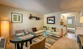 kings lake apartments for rent naples fl apartmentguide com