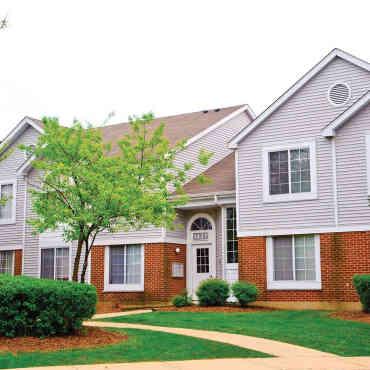 savannah trace apartments schaumburg il 60193. Black Bedroom Furniture Sets. Home Design Ideas
