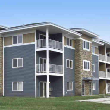 Griffin Court Apartment Homes Moorhead Mn 56560
