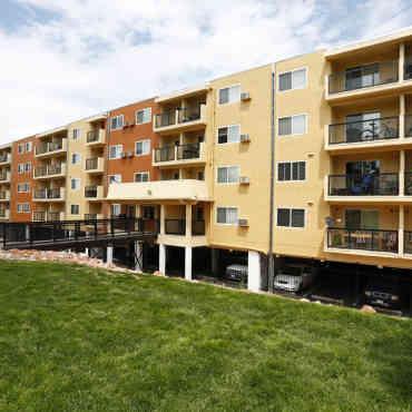 Advenir At Stapleton Apartments Denver Co 80220