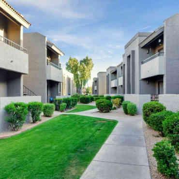 Olive East Apartments - Gilbert, AZ 85234