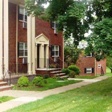 Apartments for Rent in Pine Brook, NJ - 214 Rentals   ApartmentGuide.com