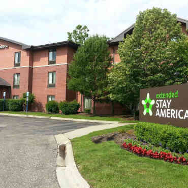 Warren Woods Apartments for Rent - Warren, MI | ApartmentGuide.com