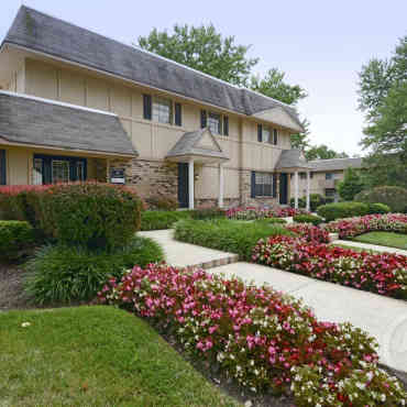 The Groves Apartments Florissant Mo 63033
