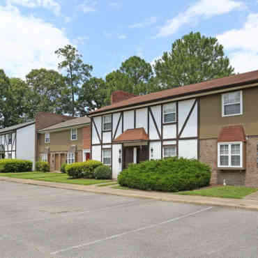 Apartments In Hayes Va