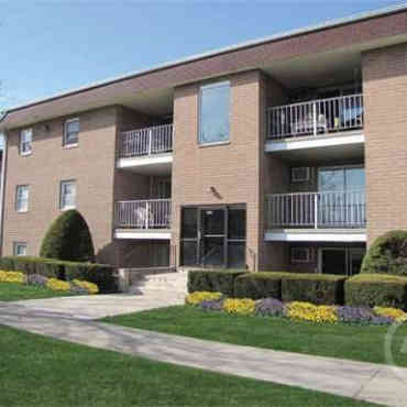 Vantage Realty Group Apartments - Valparaiso, IN 46383