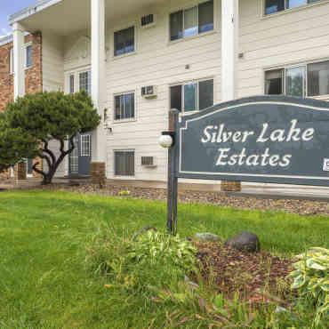 Silver Lake Apartments New Brighton Mn
