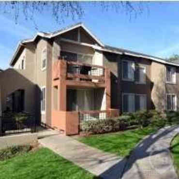 Canyon Club Apartments - Oceanside, CA 92054