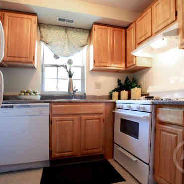 Severn Square Apartments Reviews