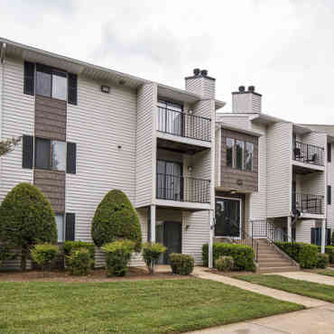 Victoria Park Apartment Homes - Charlotte, NC 28227