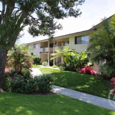 Beach Creek Resort Apartments - Garden Grove, CA 92841