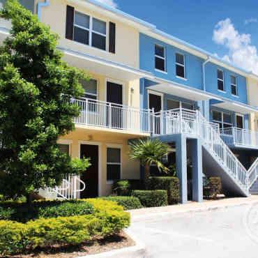 Star Creek Apartments Miami Fl
