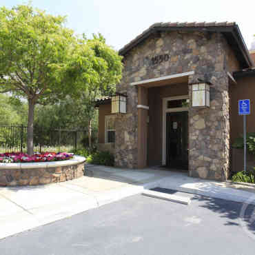 Canyon Crest Luxury Apartments - Riverside, CA 92507