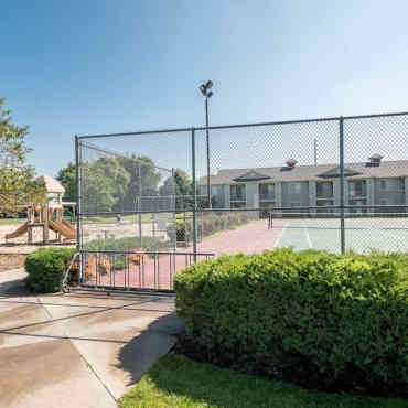 Clearview Apartments - Holland, MI 49424