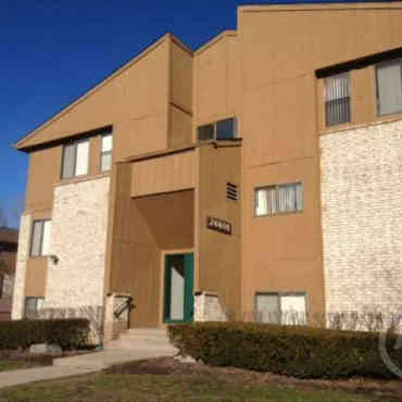 Oak Ridge Apartments Southfield Michigan