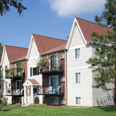 Marshfield Village Apartments Ma