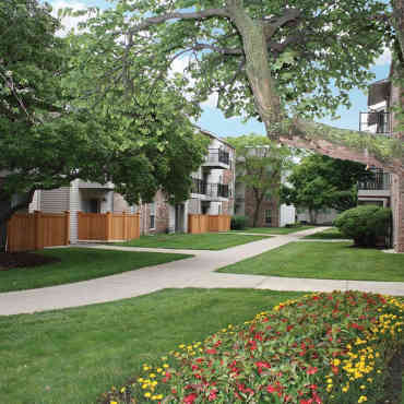 Lake Park Village Apartments Mount Prospect Il
