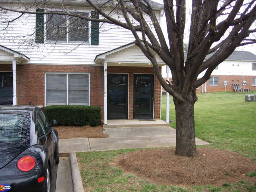 Abbey Court Apartments - Belmont, NC 28012