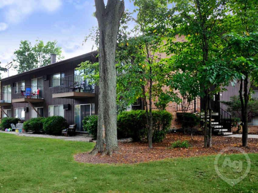 Oklahoma Gardens Apartments - Milwaukee, WI 53215