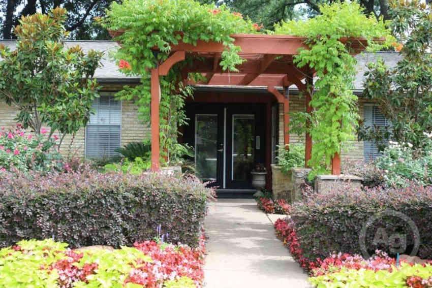 Villas At Monterey Apartments - Dallas, TX 75248