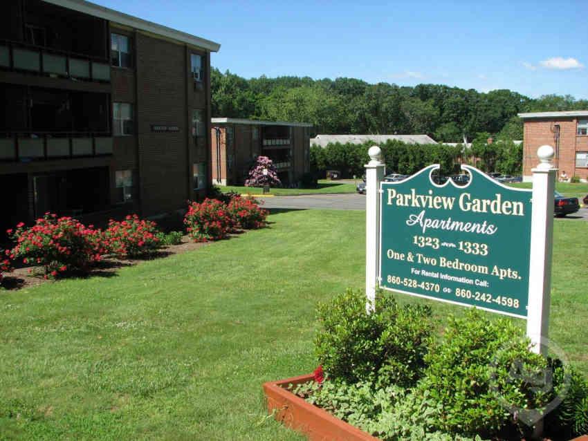 1 16 - Garden Apartments