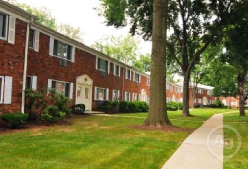 Rutgers Village