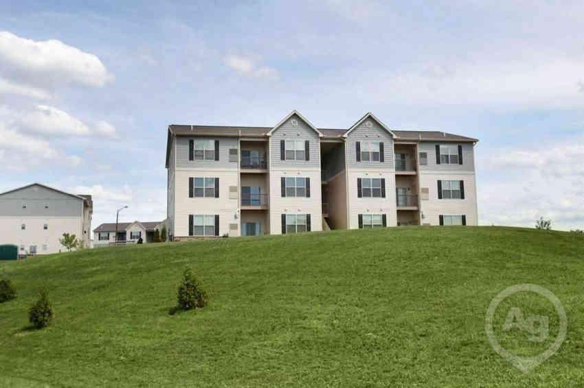 Ivy Ridge Apartments - Harrisburg, PA 17111